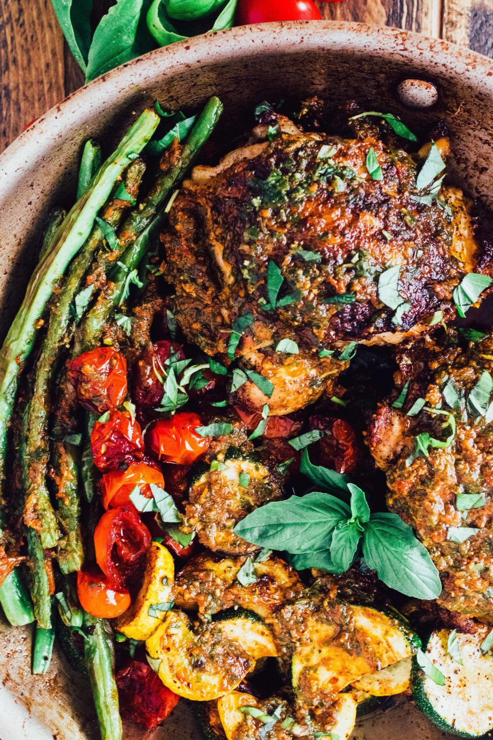 Sun Dried Tomato Pesto Chicken, a great #paleo, #healthy, #glutenfree, #grainfree, #dairyfree, #whole30 #recipe.